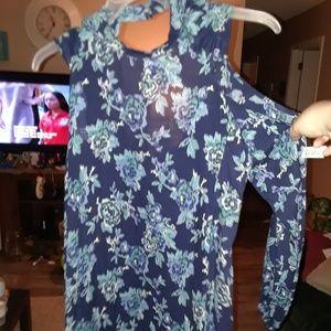 Jr small floral cold Shoulder dress NWT